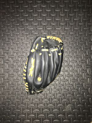 """MacGregor Baseball Glove RHT 95170 T-Ball 10"""" Official T-Ball USA Excellent LHT for Sale in Morgan Hill, CA"""