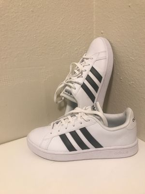 Adidas size 6 for Sale in Wasilla, AK