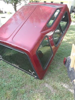 Leer camper shell 74x63 Ford ranger or Chevy s10 for Sale in Temple, GA