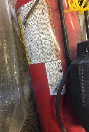19 gallon air compressor for Sale in Rahway, NJ