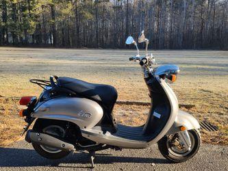2008 Yamaha Vino 125 for Sale in Lithia Springs,  GA