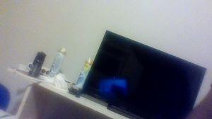 Vizio TV with remote. for Sale in Bloomfield, IA