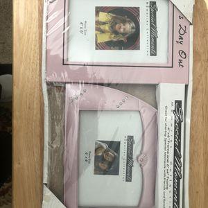 2 Packs Of 2 Pink Photo Frames for Sale in Arlington, VA