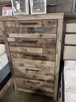 5-Drawer Chest, Multi Gray for Sale in Santa Ana, CA