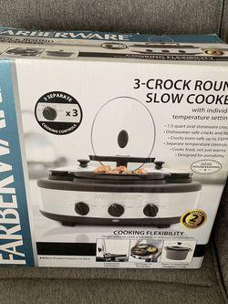 Farberware 3 crock round slow cooker for Sale in Newport Beach,  CA