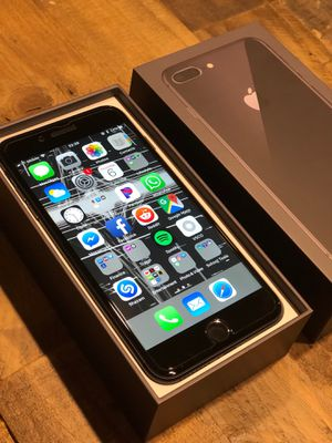 iPhone 8 Plus 256gb UNLOCKED for Sale in Rockville, MD