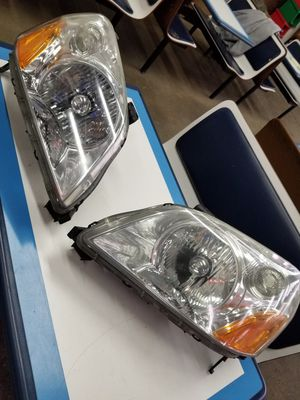 2004 honda pilot headlights for Sale in Philadelphia, PA