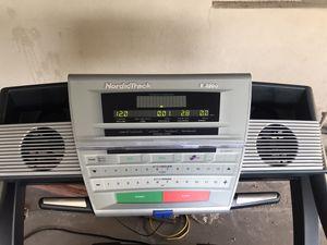 Treadmill Nordic Track E 3200 for Sale in Mesa, AZ