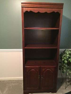 Broyhill wall unit/entertainment center for Sale in West Columbia, SC