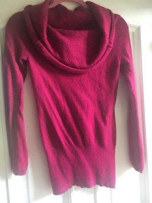 Ladies Wool Rabbit Hair and Cashmere Blend Hot Pink Sweater Size Small for Sale in Puyallup, WA