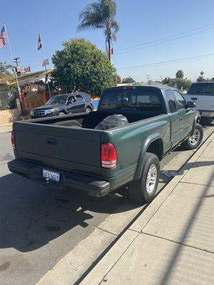 2000 dodge dakota 6 cilynder trans estandar/manual trans for Sale in San Diego, CA