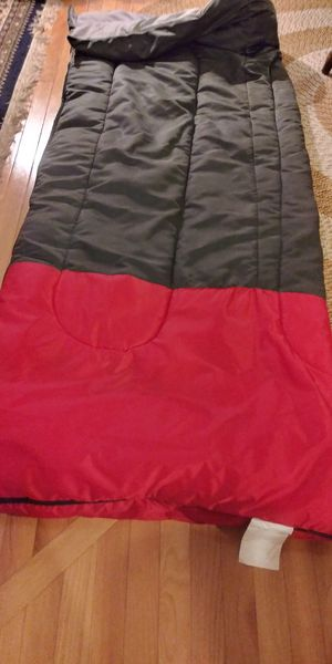 2 sleeping bags excellent condition for Sale in North Providence, RI