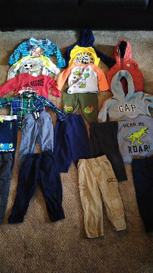 2T clothes for Sale in Eagle River, WI