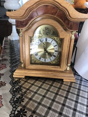 Antique clock for Sale in Fountain Valley, CA