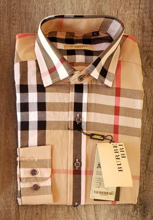 New mens Burberry dress shirt xl for Sale in Bakersfield, CA