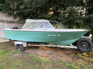1972 Bayliner boat and trailer for Sale in Edgewood, WA