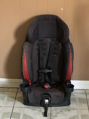 EVENFLO CAR SEAT 2 in 1 for Sale in Riverside, CA