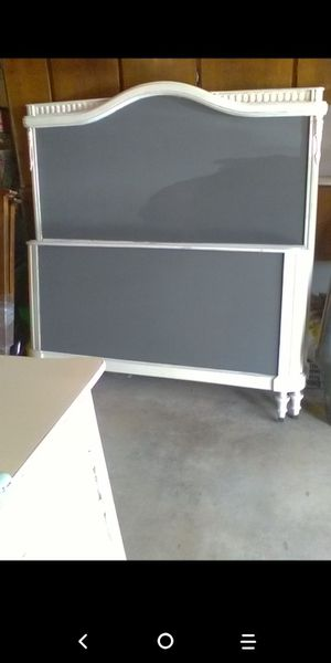 Full size bed frame for Sale in San Bernardino, CA