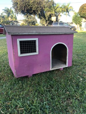 DOG HOUSE for Sale in Santa Ana, CA