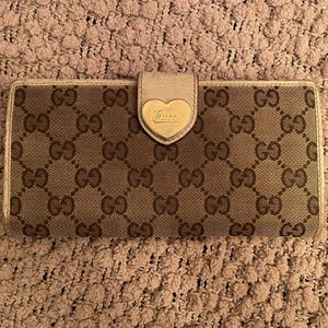 Authentic Gucci Wallet for Sale in Summerville, SC