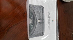 Google Daydream View - VR Headset for Sale in High Point, NC