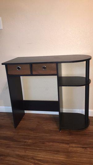 Desk/ vanity for Sale in Fresno, CA
