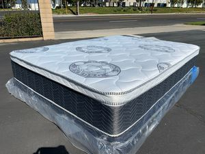 Diamond Collection Pillow Top Mattress anfmd Boxspring! for Sale in Riverside, CA