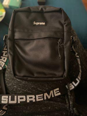 Supreme Shoulder Bag for Sale in The Bronx, NY