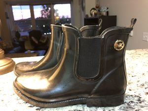 🔥🔥 Michael Kore's Rain boot size 9 🔥🔥 for Sale in Chelsea, MA