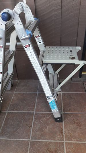 Stanley standing platform for your ladders for Sale in Porterville, CA