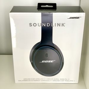 genuine SEALED Bose SoundLink II wireless headphones for Sale in Queens, NY