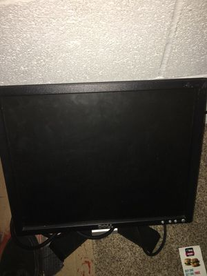 Dell computer monitor for Sale in Grove City, OH