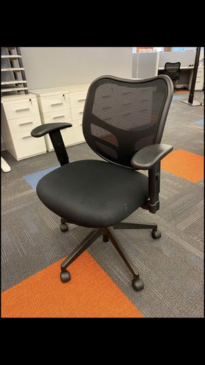 Awesome Black Office Chairs (2 left) for Sale in Spanish Fork, UT