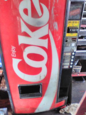 Coke vending machine for Sale in Jacksonville, FL