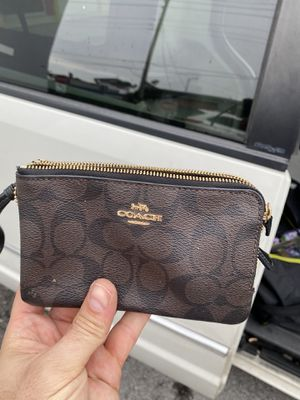 Coach wallet designer for Sale in Lauderdale Lakes, FL