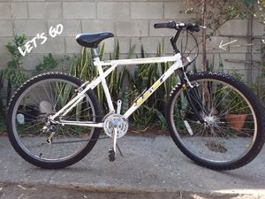 96 GT Outpost Trail vintage bicycle OBO for Sale in Industry, CA