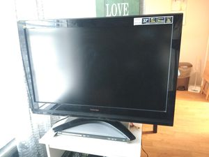 32 inch flat screen TV for Sale in Fort Myers, FL