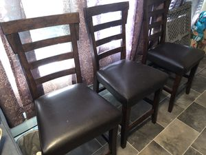 4 chairs great shape for Sale in Bradenton, FL