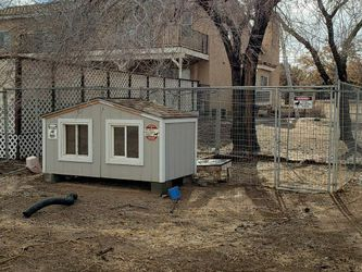 Duplex Dog House and Kennel With Air Conditioning for Sale in Palmdale,  CA