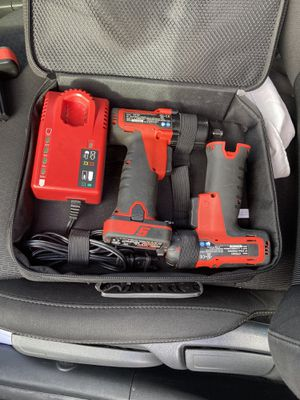 CTS761A SNAP-ON 14.4v MICROLITHIUM CORDLESS SCREWDRIVER/IMPACT WRENCH KIT for Sale in Garden Grove, CA