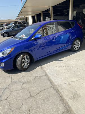 2012 Hyundai Accent hatchback for Sale in Burbank, CA
