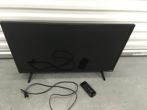 TV with Remote for Sale in Tampa, FL