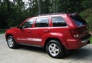 Very Nice 2005 Jeep Grand Cherokee 4WDWheels for Sale in Des Moines, IA