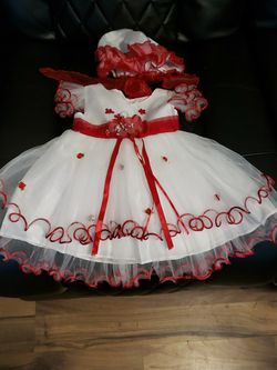 Extravagant Red And White Princess Dress Set for Sale in Graham,  WA