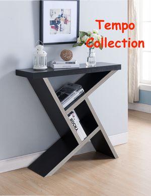 NEW IN THE BOX. SAMANTHA CONSOLE TABLE, ESPRESSO AND DARK TAUPE COLOR, SKU 161616, SKU# TC161616C for Sale in Santa Ana, CA