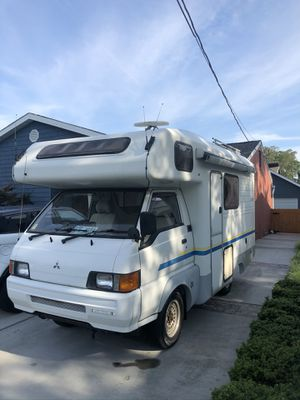 Four-wheel-drive diesel camper for Sale in Virginia Beach, VA