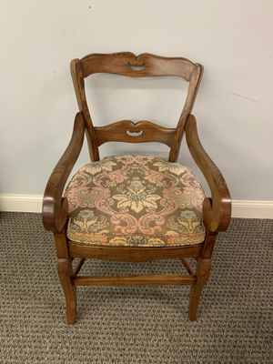 Antique oak arm chair for Sale in Wayne, PA