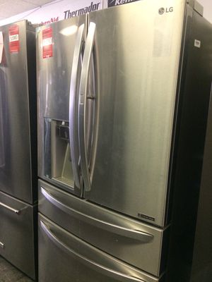 LG 4 Door French Door Refrigerator for Sale in Poway, CA