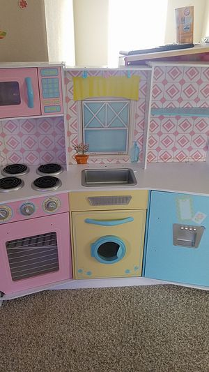 Kids kitchen play set for Sale in Fontana, CA
