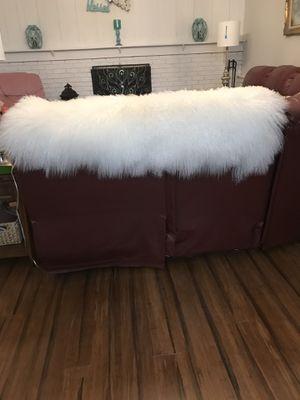 Natural lamas fur blanket .Beautiful for Sale in North Royalton, OH
